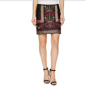 🌹🖤 🆕Romeo and Juliet Embroidered Mini Skirt🌹🖤